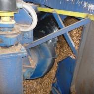 Dialkovo riadený šnekový dávkovač v linke biomasy v elektrárni